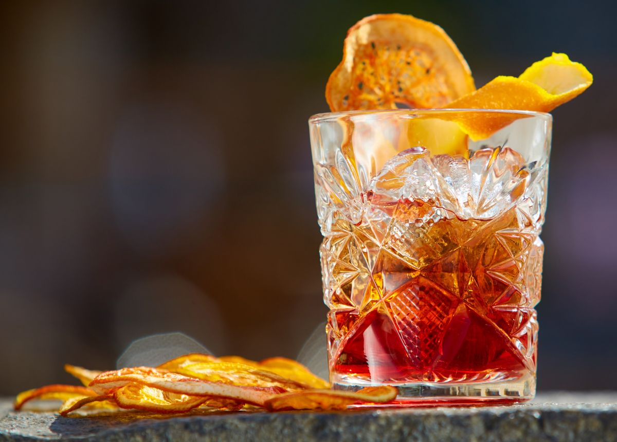 Negroni: Der neue Kenner - Cocktail an der Bar